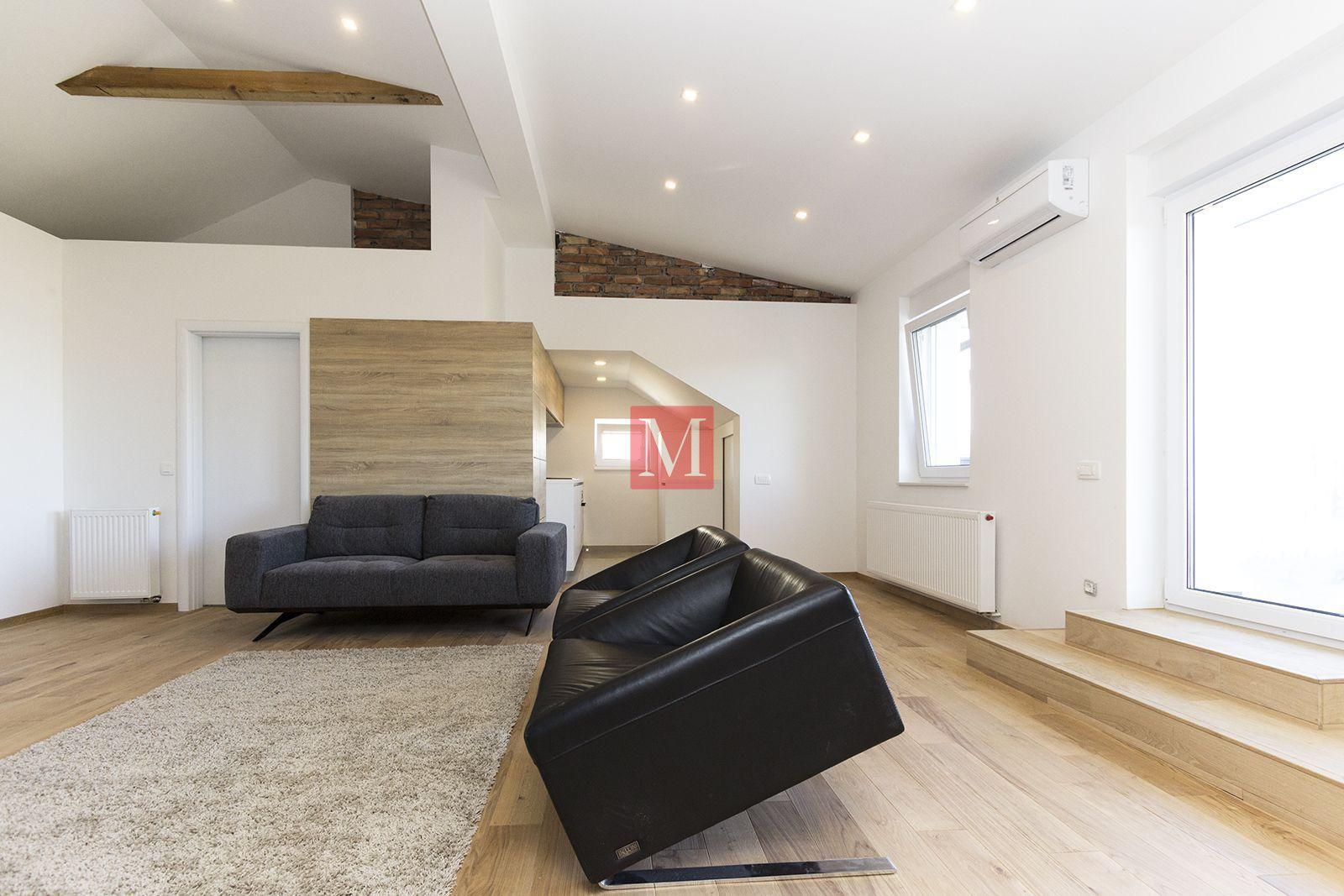 Srebrnjak newly refurbished 2 bed penthouse w terrace parking nua 90m2